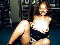 Destiny is a beautiful tall black woman who likes to get freaky anytime and anywhere. Cum watch...