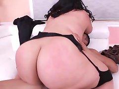 Wild Big Beautiful Woman riding a cock