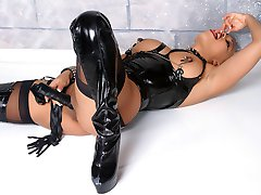 Ebony latex pleasure