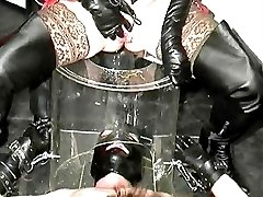The horny rubber pee party