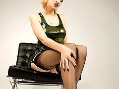 Pornstar Sarah Rose in nylon