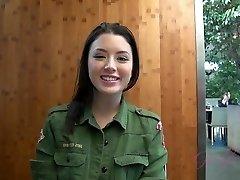 ATKGirlfriends video: Virtuaalne Kuupäev korea ja venemaa ilu Daisy Suved
