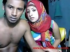 newly married indian srilankan couple live on webcam show