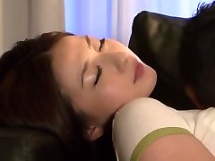 Megumi Haruka i Falle i Kjærlighet, Skjønnhet Junior Kone del 1.1