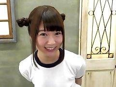 Mayu yuki avaler 8 charges de sperme