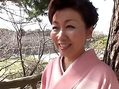 39 ani yayoi iida înghite 2 sarcini (necenzurat)