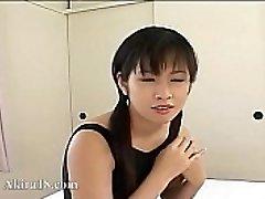 18yo Japanska Tokyo barnvakt knullade
