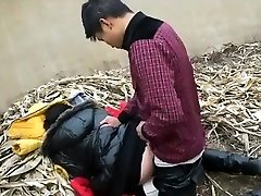 Asian Creampie On A Garbage Dump