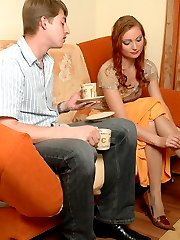 The first date ends up with pussy cramming for cute babe in soft pantyhose