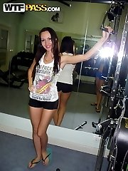 Handsome amateur gf showing her lovely legs in a gym - PrivateSexTapes.com