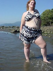 UK BBW at the beach