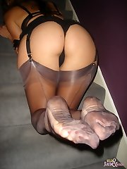Take a look at how magnificent Janes long lucious gams are