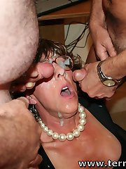 A MOM gets her FACE and Glasses CUM COVERED