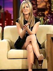 Jennifer Aniston upskirt pictures