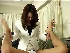 Japāņu Ārsts, Brilles, kas Izmanto Siksnas