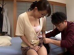 יפן אמא Studdy הפסקה - Pornmoza