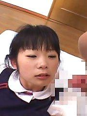Japanese teen upskirt!