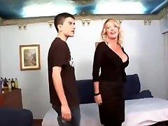 Big dicked boy shags ultra milf