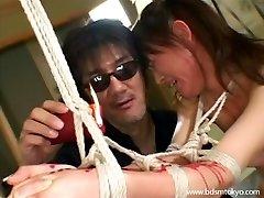 Brutale giapponese bdsm e cera di candela tortura di asian teen