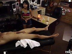 Massaggio orientale con un Lieto Fine - XXX Pedone