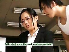 Sora Aoi nekaltas neklaužada azijos sekretorius turi gauti pakliuvom ne pertraukos metu