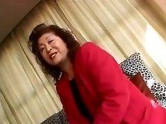 4 Asya büyükanne