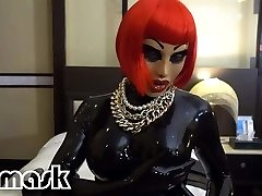 Latex climaxes RUBBER GIRL wand dildo pussy
