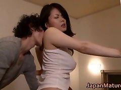 Miki Sato nipponjin chica madura