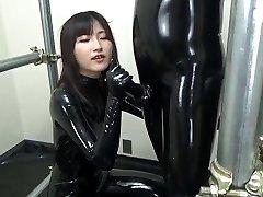 Asiático mamada en plena goma