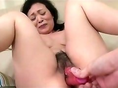55yr senior Grandma Kayoe Ozawa Squirts and Creamed (Uncensored)