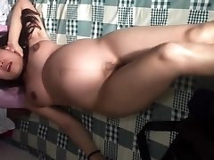Japanese girlfriend pregnant dancing naked in china