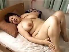 Japan yam-sized spectacular woman Mamma