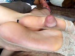 Chinese foot wank