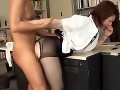 최고의 일본의 매춘부 노조미 니시야마에서 놀라운 손가락,란제리 JAV 비디오