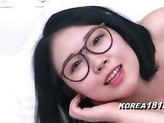 KOREA1818.COM - Uber-sexy Glasses Korean Stunner!