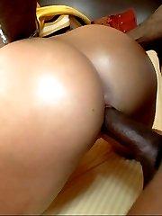 guy fucks big butt cheerleader chick
