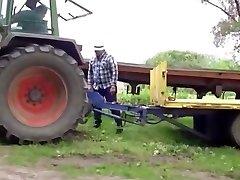 Straight bear farmer hoes