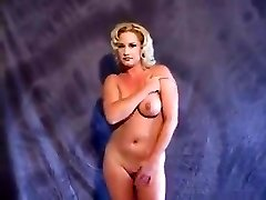 Tammy Sytch (FKA WWE's Sunny) unclothing