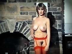 ADDICTED TO LOVE - antique 80's gigantic tits striptease dance