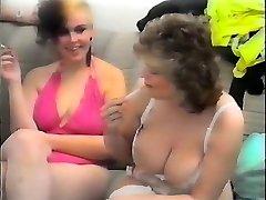 Sexy bacuľaté babes - nemeckého vintage