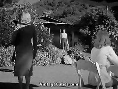 Horúce Holky v Nudistické Stredisko