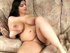 Gorgeous Phat Tit BBW Cougar