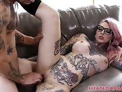 Inked emo slut gets her slit smashed