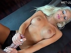 Glamour pussy hardcore anal hook-up