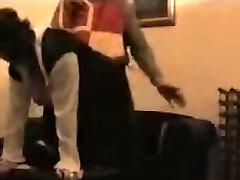 Brezplačno voyeur sex video prikazuje dva ljubimca shagging