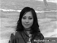 Gianna Lynn je ena izmed najbolj vročih Azijci v porno t