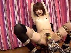 Neverjetno Japonski chick Miyu Sugiura v Čudovito Majhne Joške, Prekleto Stroji JAV posnetek