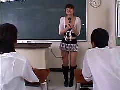 Japonský Kinky Suka DP'ed a Creampie'd (Necenzurované)