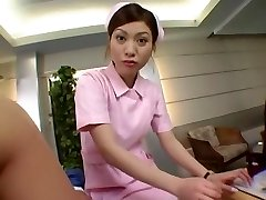 úžasné japonské kuriatko v exotických fajčenie, lekárske java-film