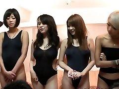 Jaapani ujumistrikoo babes orgia